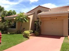 Jeanette Riccardi has just listed a Townhouse in Sweetwater Sec 2, Boca Raton