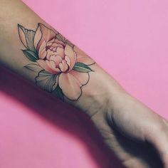 New ideas tattoo forearm girl flowers ink Tattoo Girls, Girls With Sleeve Tattoos, Girl Tattoos, Tatoos, Arrow Tattoos, Feather Tattoos, Flower Tattoos, Trendy Tattoos, Sexy Tattoos