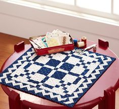 "~ A two-color mini quilt makes a stunning table topper. (16 3/4"" sq)"