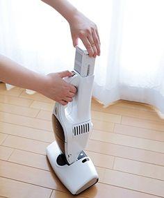 アイリスオーヤマ コードレスふとんクリーナー パールホワイト [掃除機] IC-FDC1-WP