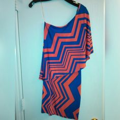 Boutique One shoulder dress I love this dress!!! It it amazing. Bought it for a Miami trip. Worn TWICE... I have shoes that match that blue perfectly that can be sold as well.  Lightweight, perfect condition! Dresses Mini