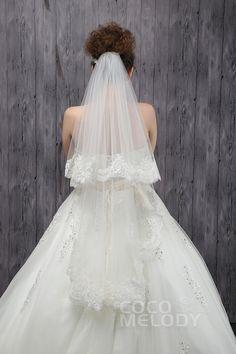 Gorgeous Two-tier Lace Edge Tulle Ivory Fingertip Veils CV0015006cocomelody#weddingveil#bridal#veil#