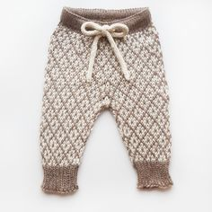 Toddler Pants, Baby Pants, Kids Pants, Romper Pants, Knitting For Kids, Baby Knitting Patterns, Baby Barn, Baby Outfits, Kids And Parenting