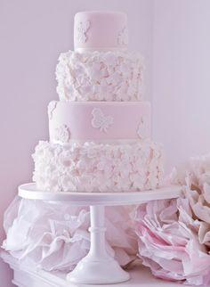 #Bridal #Wedding #Cake #White #Daisies #Pink #Flowers