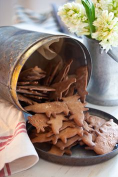 Gingerbread, a traditional Swedish Christmas biscuit. Simon's mother make them every year. Read more about Simon Christmas celebrations in From All of Us to All of You https://www.goodreads.com/book/show/23281956-from-all-of-us-to-all-of-you #book #Christmasstory