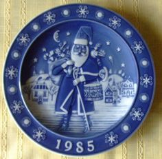 Christmas Plates by the Vintage Year by sammydavisvintage @eBay #followitfindit http://r.ebay.com/uevl8N