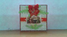 Święta coraz bliżej, więc dziś kolejna karteczka bożonarodzeniowa. Do wykonania tła tej kartki użyłam papieru Lemoncraft – Świąteczne Życzenia. W centralnym miejscu umieściłam obrazek podklejony na złotej scrapce. Kartkę ozdobiłam czerwoną kokardką, kwiatem Wild Orchid Crafts – Pretty Flori Red oraz czerwoną wstążką. Dodałam oczywiście listki ostrokrzewu, gałązki świerku oraz złote kryształki.