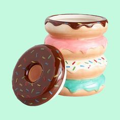 Donut Cookie Candy Jar with Cover - Colorful Bright Donuts with Sprinkles Design - Sweets Chocolate Candies and Confection Keeper Jars - Gift Ideas Decoration Collection Party Favors Jar Glass Cookie Jars, Ceramic Cookie Jar, Ceramic Jars, Colorful Donuts, Favour Jars, Coil Pots, Jar Design, Pinch Pots, Vintage Cookies