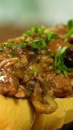 Facil y rapido! Mejor imposible Baguette, Cocina Natural, Western Food, Tasty, Yummy Food, Desert Recipes, Diy Food, Food Dishes, Food Inspiration