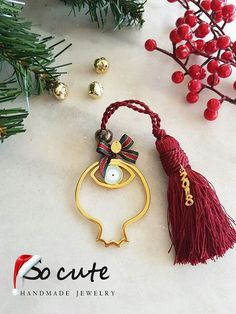Brooches Handmade, Handmade Jewelry, Diy Jewellery, Lucky Charm, Amelie, Holiday, Christmas, Winter, Cute