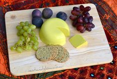 Easy recipe for a raw vegan cheese made from sunflower seeds. Sunflower cheese slices, grates and melts so you can use it in place of regular cheese in most recipes. Heart-healthy cheese that tastes great, Easy Vegan Cheese Recipe, Vegan Recipes, Vegetarian Cheese, Veggie Cheese, Vegan Sauces, Vegetarian Meals, Vegan Dishes, Free Recipes, Sunflower Seed Cheese