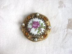 VintageVictorianBroochGold tone by NGvintagelove on Etsy