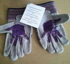 Handprint Gloves   Last Minute DIY Fathers Day Gifts to Make