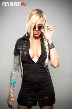 Maria Brink of In this moment...best metal voice ever.