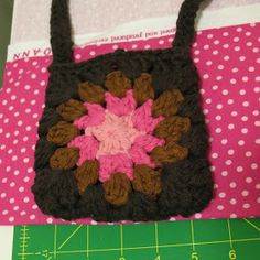 Ball Hank n' Skein: How to Line a Crochet Purse - The EASY Way tutorial