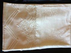 Krem rengi pamuk satene Fransız dantel ve nevrül çalışmam ❣️