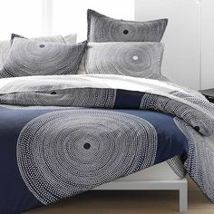 The fokus duvet set from Marimekko Vancouver is a unique fashion item. Marimekko Vancouver carries a variety of Bed and other catalog items. Ikea Bar, Living Room Decor, Bedroom Decor, Cozy Bedroom, Bedroom Ideas, Wall Decor, Ideas Vintage, Lunch Boxe, Tips Fitness