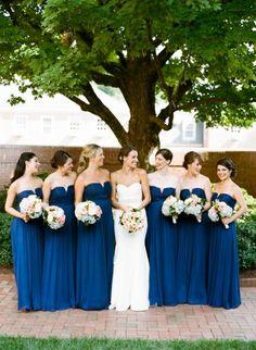 Vestidos color azul marino para tus damas de boda: El tono más chic del 2016 Image: 5