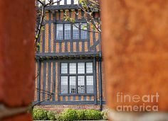 Clacton - Moot Hall II © Richard Reeve Photography. More available on richard-reeve.artistwebsites.com [Please only repin with this credit text] #richardreeve #clacton #moothall #tudor #windows