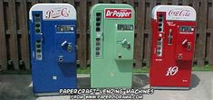 Ninjatoes' papercraft weblog: papercraft Pepsi Cola and Pepper Soda vending machines