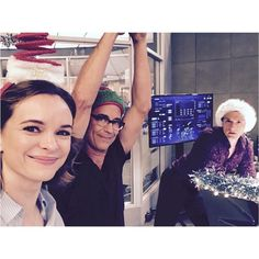 Festive fun on The Flash. Its our mid season finale - dont miss it! @cwtheflash #theflash