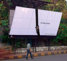 Traffic Police Mumbai: Falling Hoarding http://arcreactions.com/5-highly-influential-online-marketing-practices-will-shape-2015/