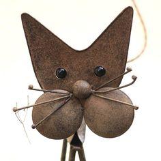DUBIOS  #sweet #adorable #lovely #gato #mypet #pet #animals #love #carinho #amordeanimal #parceria #tamojunto #meuamigo #beautiful #catstagram #sphinxcat #николь #кучеряшка #корнишрекс #sphinx #sphynxlove #caterpillar #sancristobal #catsofinstagram #lunaagata #luna #miaumiau #toys #yarn #tb