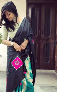 Indian Dresses, Indian Outfits, Saris, Saree Blouse Designs, Blouse Patterns, Sari Design, Sari Dress, Simple Sarees, Stylish Sarees
