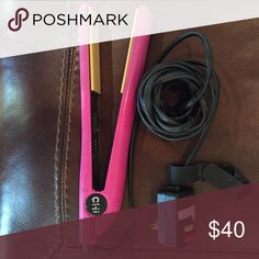 CHI Hair straightener! Pink Chi hair straightener! What more could a girl want?!? Chi Accessories Hair Accessories