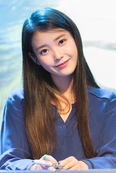 Korean Actresses, Korean Actors, Actors & Actresses, Korean Celebrities, Celebs, Korean Girl, Asian Girl, Iu Fashion, Famous Singers