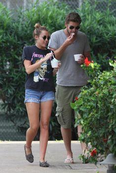 Miley Cyrus Getting Ice Cream in Hawaii December 29 2011