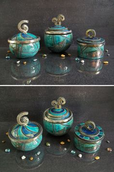raku ceramic jars set decorated with geometrical pattern, set of three centerpiece canister with lid available in various colors and size - turquoise jars ceramic raku boxes jewelry box candy containers oriental shape jars EUR) by F - Ceramic Boxes, Ceramic Jars, Raku Pottery, Cerámica Ideas, Clay Box, Wedding Ring Box, Wedding Boxes, Candy Containers, Pottery Designs