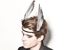 WTF of the Week: Reid Peppard Taxidermy Fashion Accessories - beautyXposé Headdress, Headpiece, Wild Style, My Style, Taxidermy Jewelry, Diy Wings, Jewelry Accessories, Fashion Accessories, Feather Fashion