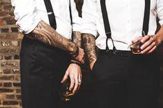 Hochzeitsinspiration, Black Wedding Color, Weddingdress, Hochzeitsfotografie Doreen Kühr Rembo Styling, Whiskey House, Tattoo Photography, Gentleman, Whisky, Mens Outfitters, Headpiece, Groom, Bride