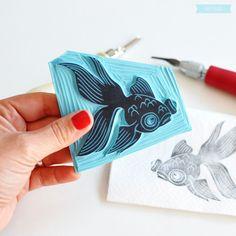 Gorgeous stamp by Sami Garra. Stamp Printing, Screen Printing, Stamp Carving, Fabric Stamping, Handmade Stamps, Crafts To Make And Sell, Tampons, Linocut Prints, Grafik Design