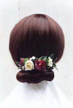 Burgundy red hair comb, Bridal hair comb, flower comb, Red and white comb Flower Hair, Flowers In Hair, Flower Crown, Purple Flowers, Faux Flowers, Dried Flowers, Burgundy Red Hair, Metal Comb, Hair Combs