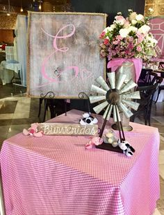 Delight in this Farm Girl Baby Shower with all the party planners at Kara's Party Ideas. This submitted party is the bee's knees. Cow Baby Showers, Cowgirl Baby Showers, Baby Girl Shower Themes, Baby Shower Decorations, Cow Birthday Parties, Farm Birthday, Birthday Ideas, Shower Party, Baby Shower Parties