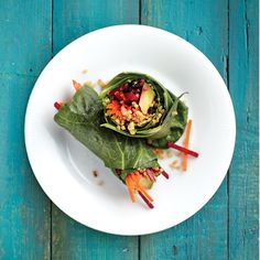 Here are 16 amazing avocado recipes: Curried quinoa and collard green wraps Superfood Recipes, Raw Food Recipes, Healthy Recipes, Vegan Food, Healthy Meals, Salad Recipes, Collard Green Wraps, Collard Greens, Vegetarische Rezepte
