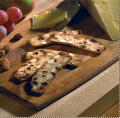 Daelia's Biscuits for Cheese....enter to win 6 packages of biscuits!