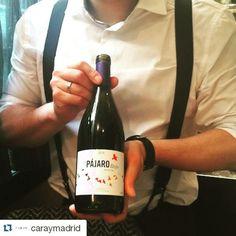 """Hoy sábado os presentamos este vino tinto DO Bierzo, ""El Pajaro Rojo"", lo conocéis? #vino #wine #redwine #bierzo #dobierzo #gastro #Repost @caraymadrid #igersmadrid #vine #wein #vinos #wine #vino #vinho #vin #ワイン #wino #wijn #Вино #红葡萄酒  #losadavinos #dobierzo #mencia #winesfromspain #losada  #qualitywine  #wineproducers #Bierzo #sexywine #wineporn #wineoclock #birdwine"