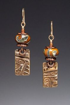 Use upcycled costume jewelry components to create interesting ethnic earrings. Metal Clay Jewelry, Copper Jewelry, Wire Jewelry, Jewelry Crafts, Jewelry Art, Beaded Jewelry, Jewelry Design, Jewelry Ideas, Bullet Jewelry