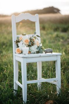 A KISS OF PEACH, flowers, decoration - Hellbunt Events Flowers Decoration, Peach Flowers, Bunt, Kiss, Events, Chair, Wedding, Home Decor, Valentines Day Weddings