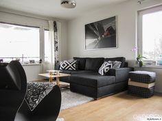 sohvapöytä,olohuone,musta,sohva,sohvatyynyt,nojatuoli,tyylikäs