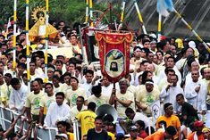 "Peñafrancia Festival, Naga City, Camarines Sur.  ""Viva la Virgen! Viva Nuestra Señora de Peñafrancia! Viva el Divino Rostro! VIVA!"