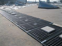 elementen op dakbedekking/ roofing material