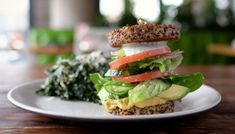 Traveling with Celiac Disease and gluten-sensitivity can be tough. That's why we've identified the best gluten-free restaurants Chicago has to offer just for you! Inside Out Burger, Quinoa Patty, Real Food Recipes, Vegetarian Recipes, Chicken Recipes, Healthy Recipes, Harvest Kitchen, Gluten Free Restaurants, Vegetarian Restaurants