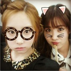 "Taeyeon brings along ""Giantbunnybaby"" Seohyun for another adorable selca"