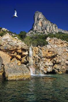 Grotta del Fico between Cala Goloritzè & Biriola, Gulf of Orosei, Sardinia, Italy ✯ ωнιмѕу ѕαη∂у