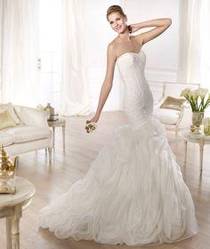 pronovias-ontina-style-621-wedding-dress-size-6-new-york as