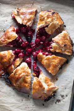 A rustic freeform pie with sour cherries baked in a simple flaky, buttery crust. An easy dessert that's so good! Cherry Recipes Healthy, Healthy Dessert Recipes, Sweet Cherry Recipes, Sour Cherry Pie, Cherry Tart, Cherry Pies, Cherry Deserts, Gallette Recipe, Bakery Recipes